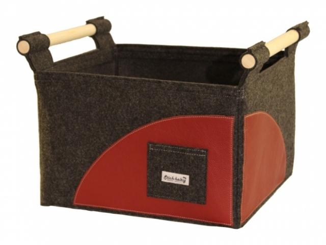 Holzkorb aus Filz und Leder