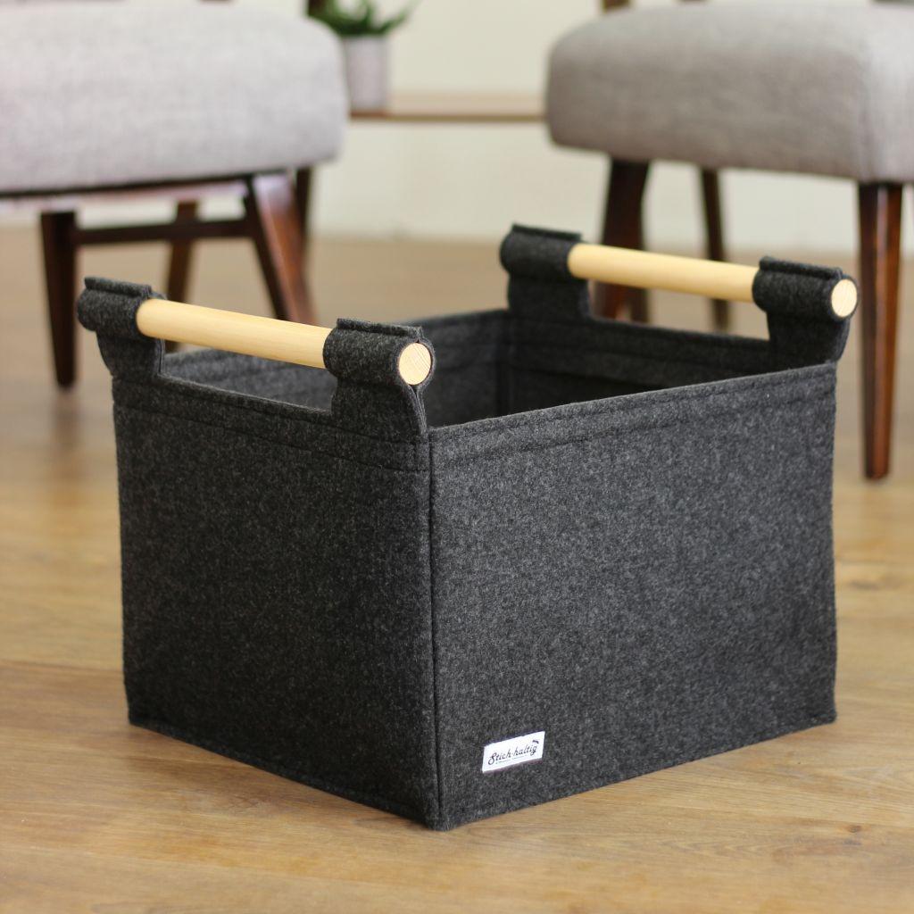kleiner kaminholzkorb aus filz gr e s von stich haltig. Black Bedroom Furniture Sets. Home Design Ideas