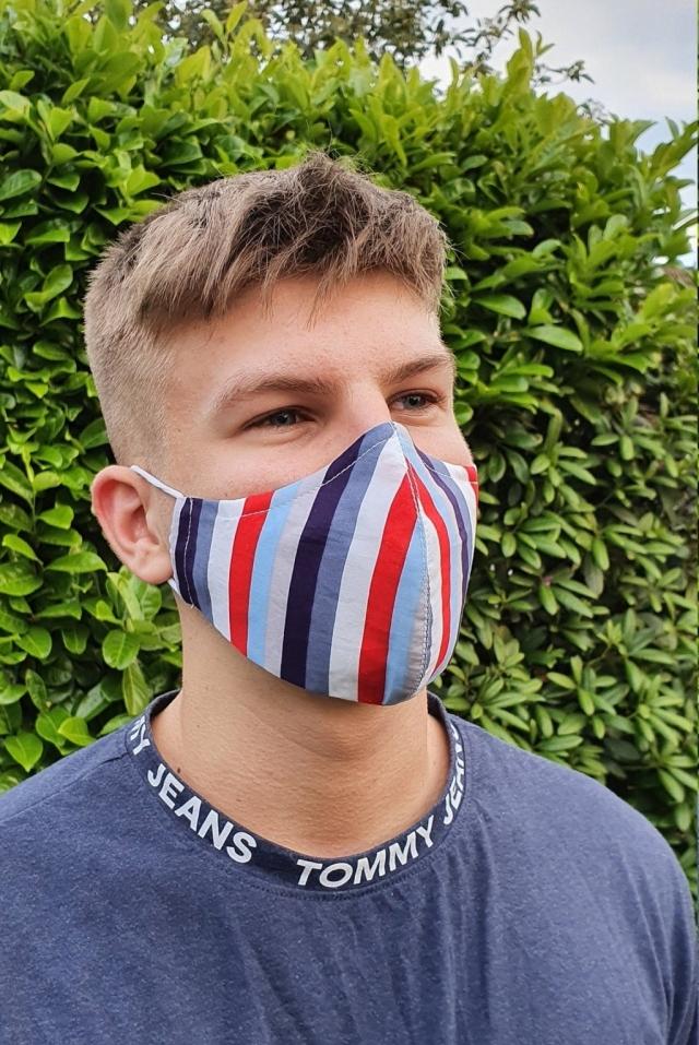 Maske für schüler bunt